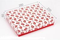 Подарочная коробка Поцелуи 28х23х5 см
