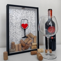 Фото Копилка для винных пробок Сердце в бокале