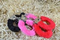 Фото Меховые  наручники