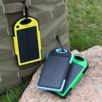 Мобильная зарядка Power Bank на солнечной батарее