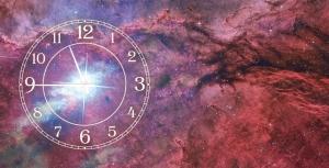 Часы на холсте Вселенная 25х50