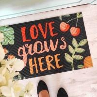 Дверний килимок Love grows here