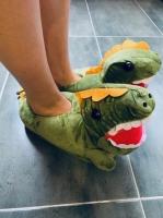 Фото Детские домашние тапочки Динозавр