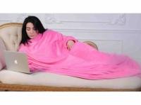 Фото Плед с рукавами розовый