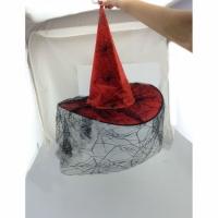 Шляпа с паутиной