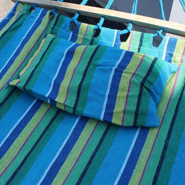 Гамак тканевый с палкой и подушкой размером 2 метра на 1.6 метра