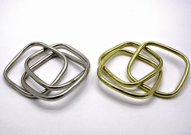 Фото - Браслет тройной квадратный металл купить в киеве на подарок, цена, отзывы