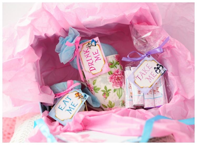 Фото - Подарочный набор Алиса в стране чудес купить в киеве на подарок, цена, отзывы