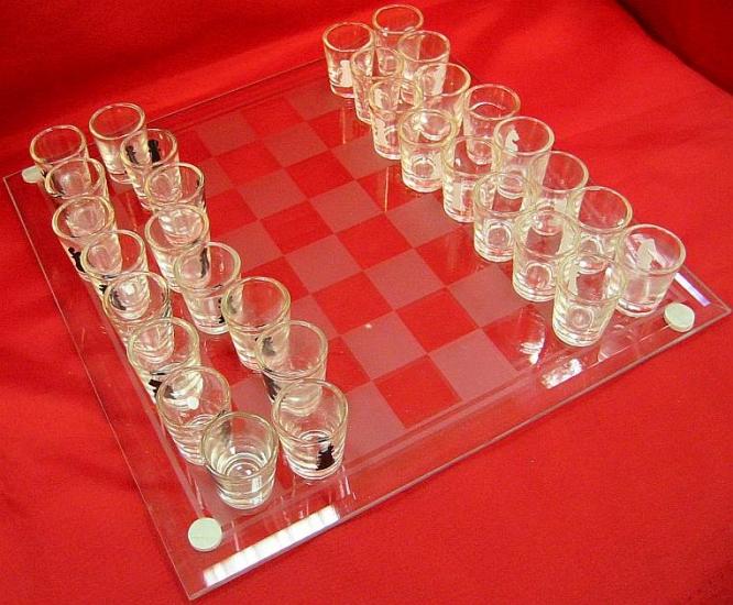 Фото - Шахматы с рюмками на 25 см купить в киеве на подарок, цена, отзывы