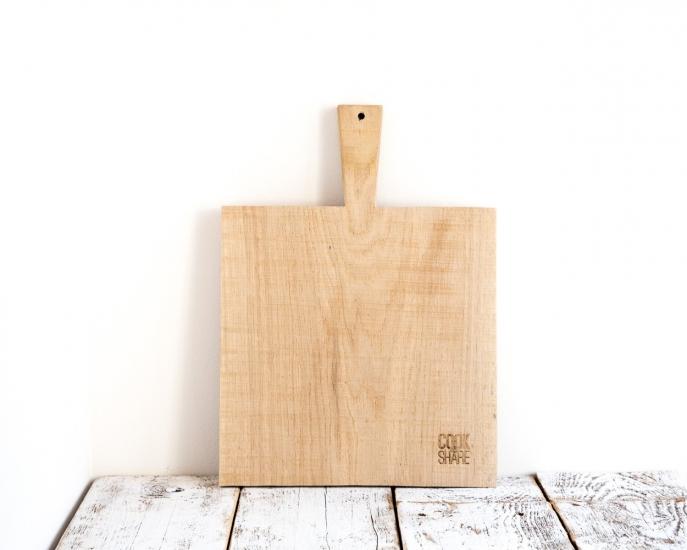 Фото - Квадратная разделочная доска из белого дуба купить в киеве на подарок, цена, отзывы