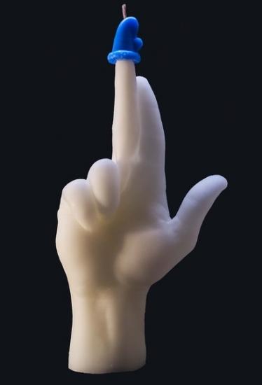 Фото - Свеча в виде руки GUN с синим колпаком купить в киеве на подарок, цена, отзывы