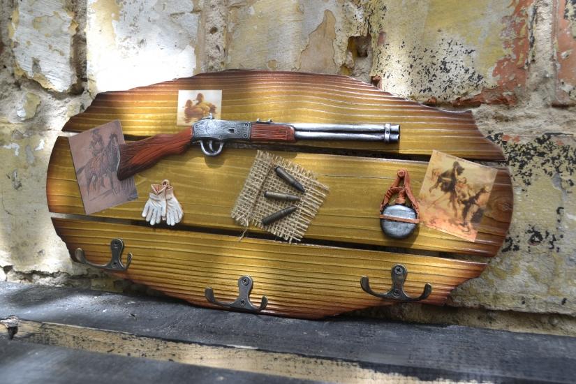 Фото - Ключница настенная Охотнику Ружье купить в киеве на подарок, цена, отзывы
