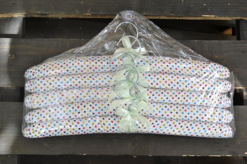Фото - Набор мягких вешалок горошек купить в киеве на подарок, цена, отзывы