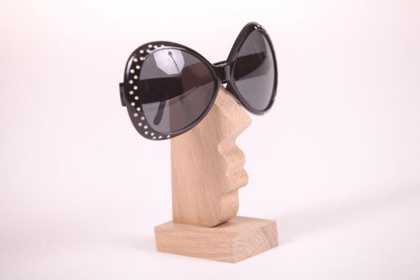 Фото - Подставка под женские очки (дуб) купить в киеве на подарок, цена, отзывы