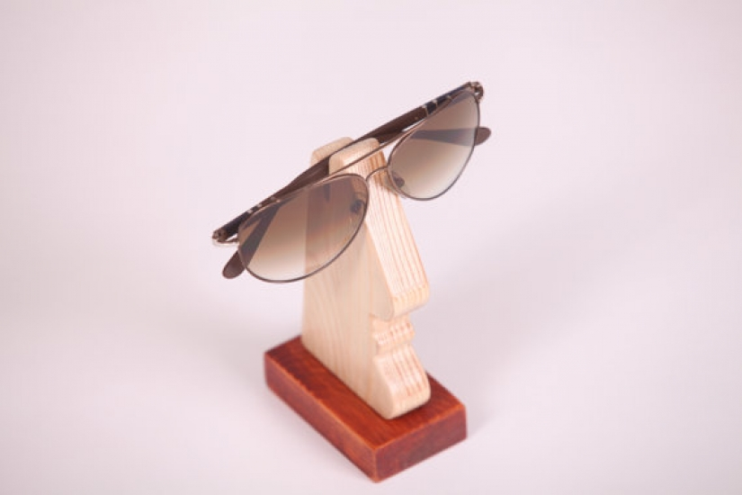 Фото - Подставка под мужские очки (сосна) купить в киеве на подарок, цена, отзывы