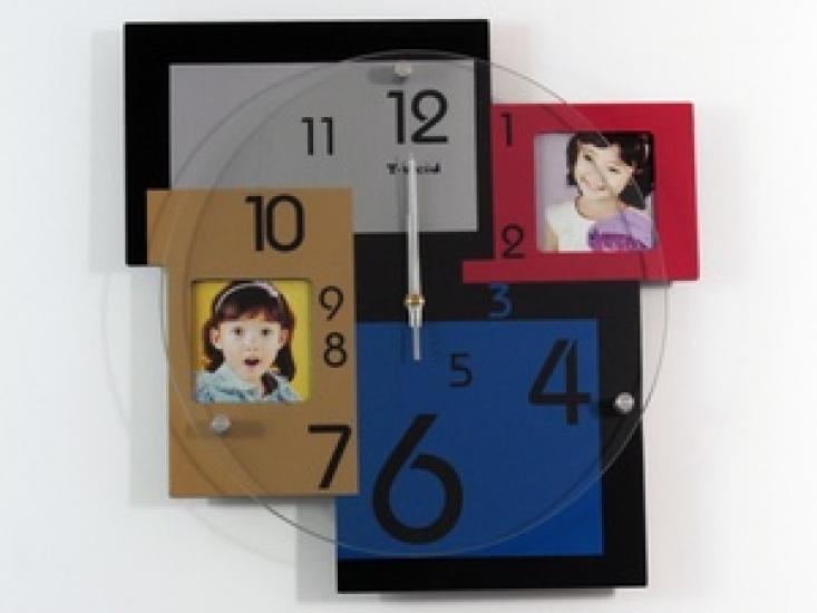 Фото - Часы настенные на 2 ассиметричных фото купить в киеве на подарок, цена, отзывы