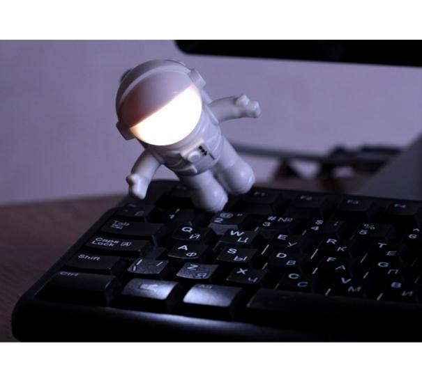 Фото - Светильник-ночник Астронавт купить в киеве на подарок, цена, отзывы