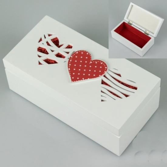 Фото - Деревянная шкатулка Три сердца купить в киеве на подарок, цена, отзывы
