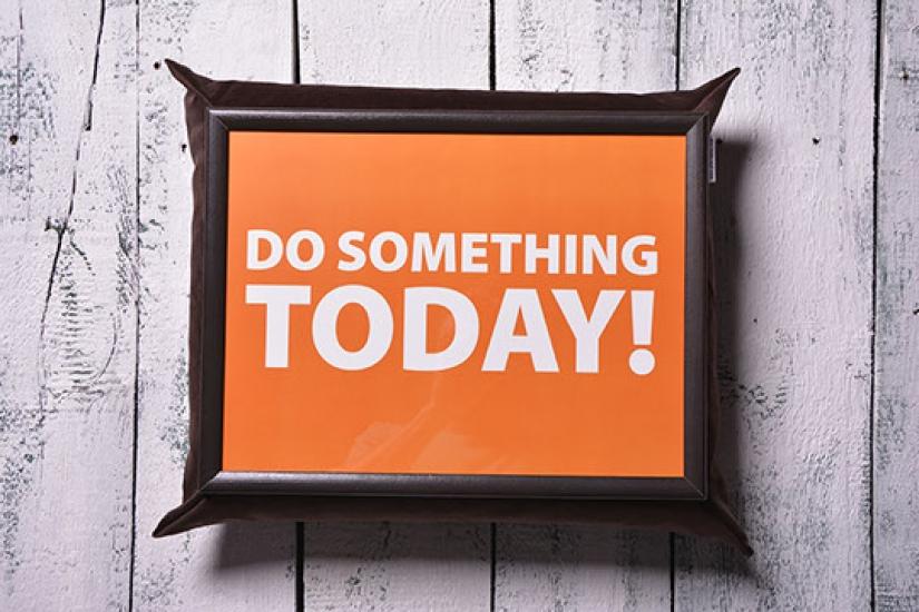 Фото - Поднос на подушке Сделай что-то сегодня купить в киеве на подарок, цена, отзывы