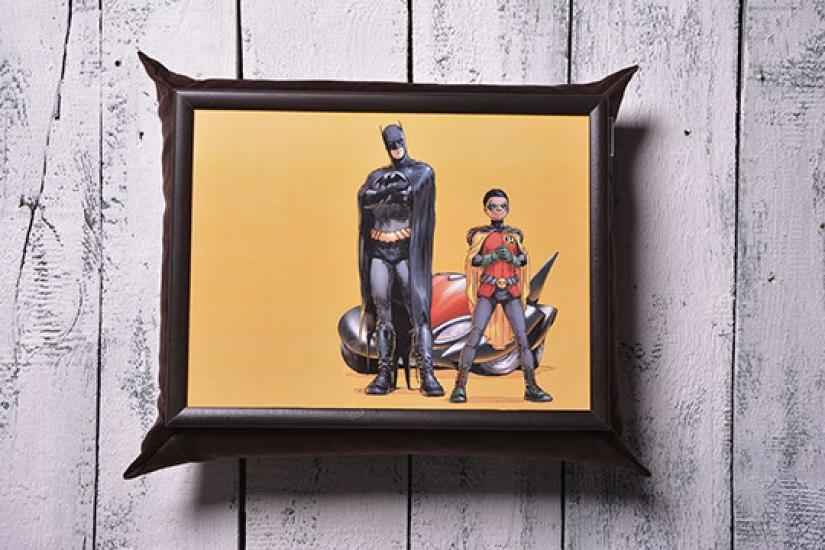 Фото - Поднос на подушке Герои купить в киеве на подарок, цена, отзывы