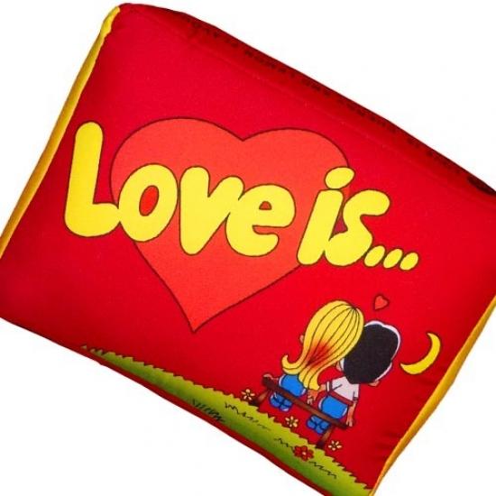 Фото - Подушка Love is... красная купить в киеве на подарок, цена, отзывы
