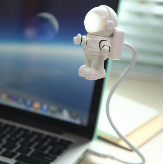 Фото - Светильник для ноутбука Космонавт  купить в киеве на подарок, цена, отзывы