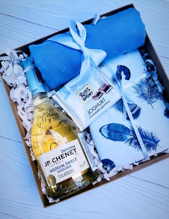 Фото - Подарочный набор Нежные Объятия купить в киеве на подарок, цена, отзывы