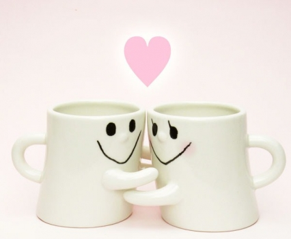 Фото - Чашки-обнимашки HUG ME MUG купить в киеве на подарок, цена, отзывы