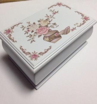 Фото - Шкатулка розы квадрат купить в киеве на подарок, цена, отзывы