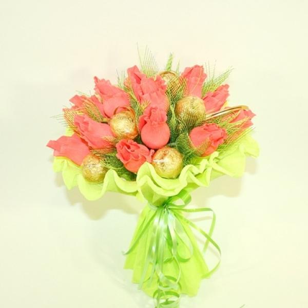 Заказать букет из конфет перепродаж недорого круглосуточная доставка цветов по казани