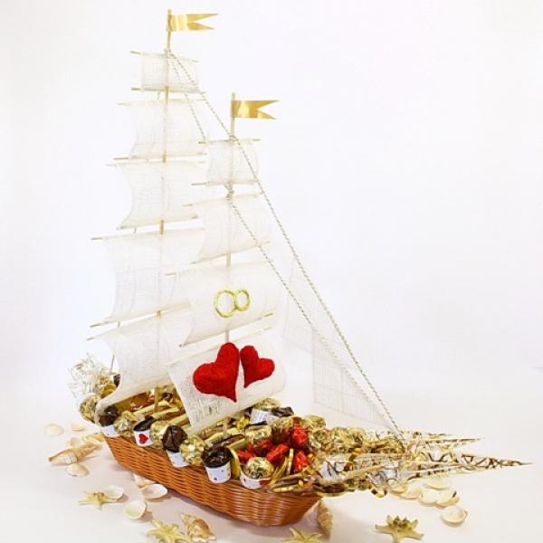 Фото - Букет из конфет Круиз купить в киеве на подарок, цена, отзывы