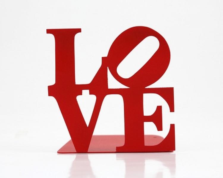 Фото - Держатель для книг LOVE купить в киеве на подарок, цена, отзывы