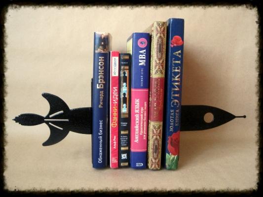 Фото - Книгодержатель Ракета купить в киеве на подарок, цена, отзывы