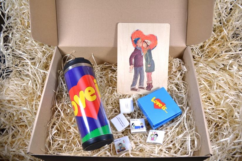 Фото - Подарочный набор Love is купить в киеве на подарок, цена, отзывы