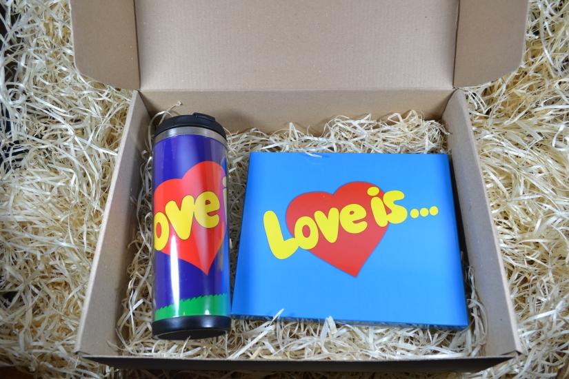 Фото - Подарочный набор Love is XL купить в киеве на подарок, цена, отзывы