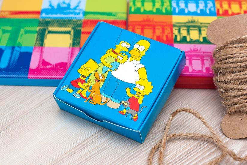 Фото - Шоколадный набор Симпсоны купить в киеве на подарок, цена, отзывы