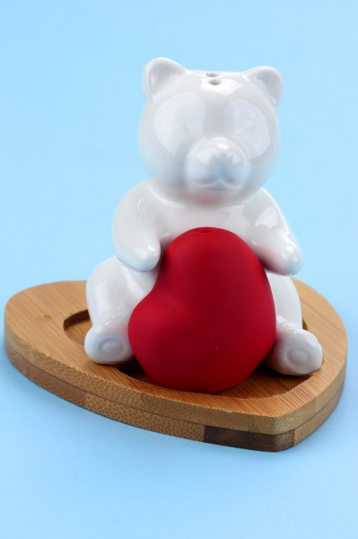 Фото - Солонка с бамбуковой подставкой мышка с сердечком купить в киеве на подарок, цена, отзывы