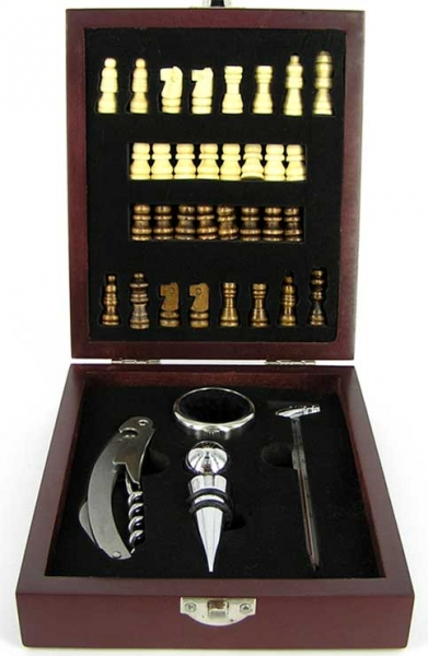 Фото - Винный набор с шахматами 15 см купить в киеве на подарок, цена, отзывы