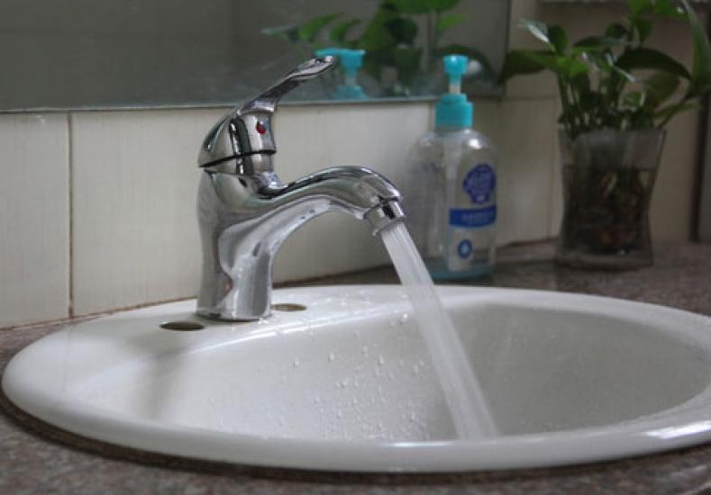 Фото - Водосберегающая насадка аэратор для экономии воды купить в киеве на подарок, цена, отзывы
