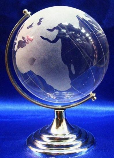 Фото - Глобус хрустальный белый (4)(7х4,5х4,5 см) купить в киеве на подарок, цена, отзывы