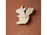 купить Деревянные часы Сонная белочка цена, отзывы