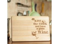 купить Разделочная доска Поцелуй, готовка и вино цена, отзывы