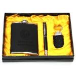 купить Подарочный набор Фляга из кожи прессованной черного цвета цена, отзывы