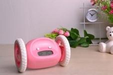купить Убегающий будильник на колесиках Pink цена, отзывы