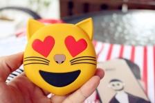 купить Универсальная портативная батарея Power Bank emoji Котик цена, отзывы