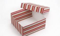 фото 26061  Подарочная коробка Вязка Красная 20х20х10 см цена, отзывы