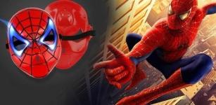 фото 25296  Маска пластиковая с подсветкой человек паук Spiderman цена, отзывы