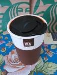 фото 8260  Керамическая чашка с крышкой шоколадная VIA. STARBUCKS цена, отзывы