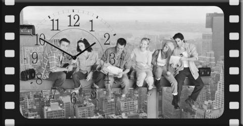купить Часы на холсте Друзья строят Нью-Йорк 25х50 цена, отзывы