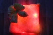 фото 7148  Светящаяся подушка Гламур с бантиком цена, отзывы